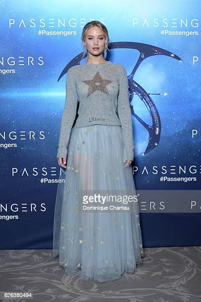 Jennifer Lawrence attends the 'Passengers' Paris Photocall at Hotel George V on November 29 2016 in Paris France