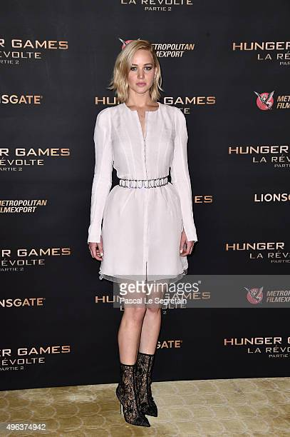 Jennifer Lawrence attends the The Hunger Games Mockingjay Part 2 Photocall at Plazza Athenee on November 9 2015 in Paris France