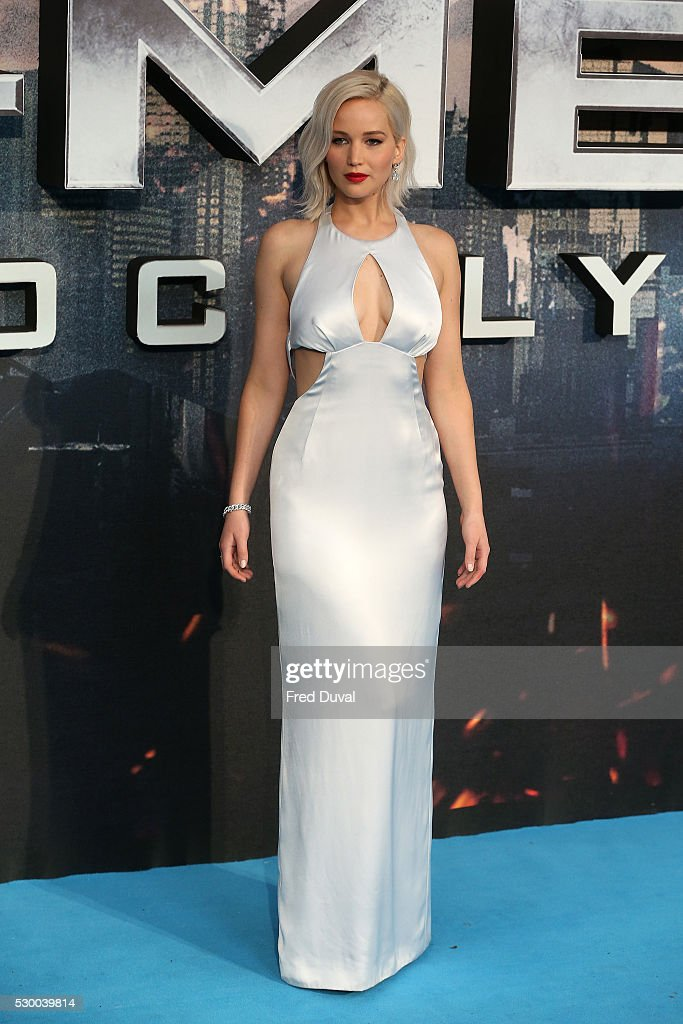 'X-Men Apocalypse' - Global Fan Screening - Red Carpet Arrivals : News Photo