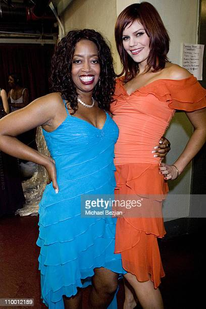 Jennifer Leigh Warren and Samantha Shelton during 2007 What a Pair Benefiting the John Wayne Cancer Institute Arrivals and Backstage at The Orpheum...
