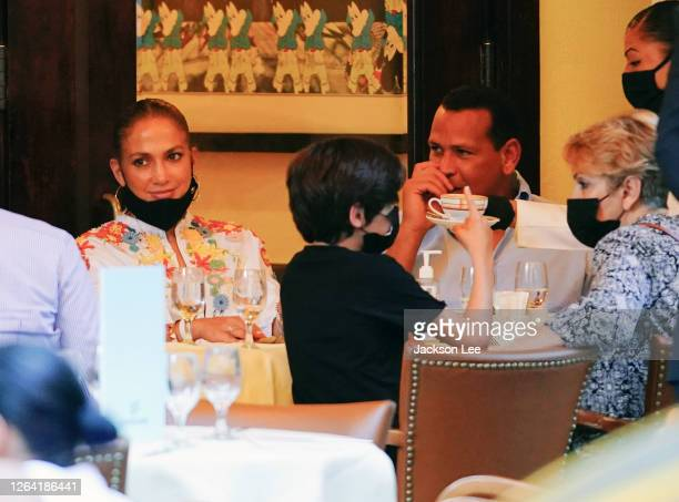 Jennifer Lopez and Alex Rodriguez have dinner at Cipriani on August 05 2020 in New York City