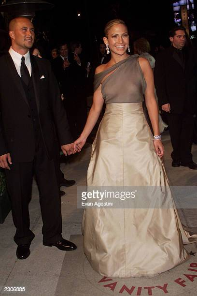 Jennifer Lopez and Cris Judd arrives at the Vanity Fair Oscar Party at Morton's following the 73rd Annual Academy Awards in Los Angeles CA Sunday...