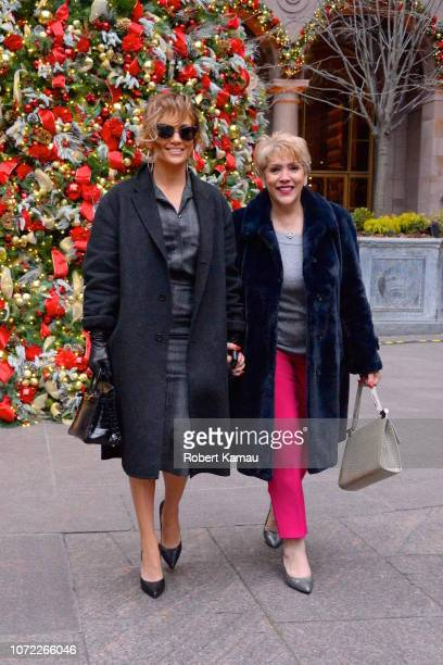 Jennifer Lopez and her mother Guadalupe Rodríguez are seen on December 12 2018 in New York City