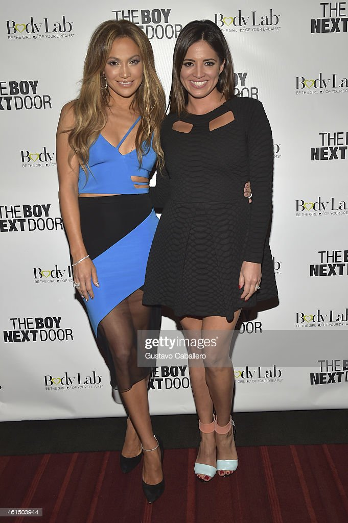 ¿Cuánto mide Pamela Silva Conde? - Real height Jennifer-lopez-and-pamela-silva-conde-attend-the-boy-next-door-miami-picture-id461503944