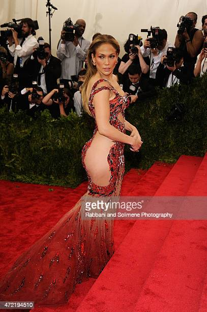 Jennifer Lopez arrives at 'China Through The Looking Glass' Costume Institute Benefit Gala at the Metropolitan Museum of Art on May 4 2015 in New...