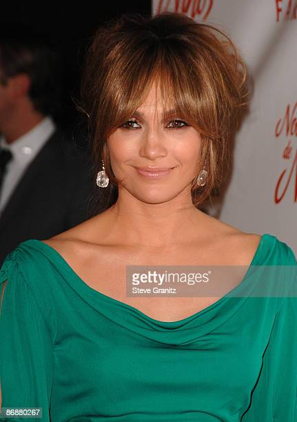 Jennifer Lopez arrives at the 3rd Annual Noche de Ninos Gala at The Beverly Hilton Hotel on May 9 2009 in Beverly Hills California
