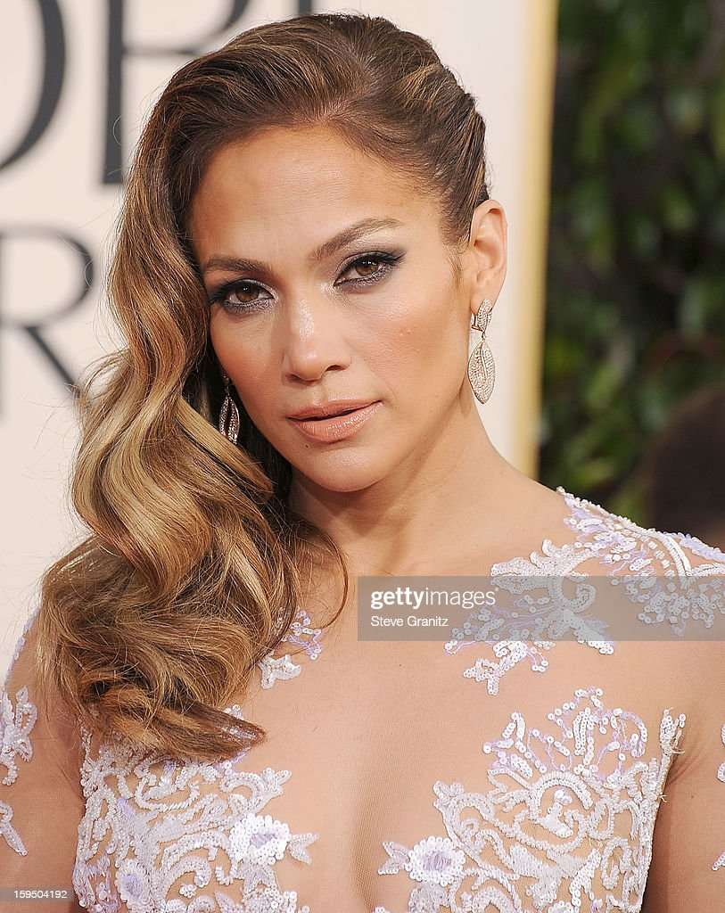 Jennifer Lopez arrives at the 70th Annual Golden Globe Awards at The Beverly Hilton Hotel on January 13, 2013 in Beverly Hills, California.