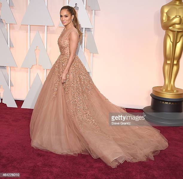 Jennifer Lopez arrives at the 87th Annual Academy Awards at Hollywood Highland Center on February 22 2015 in Hollywood California
