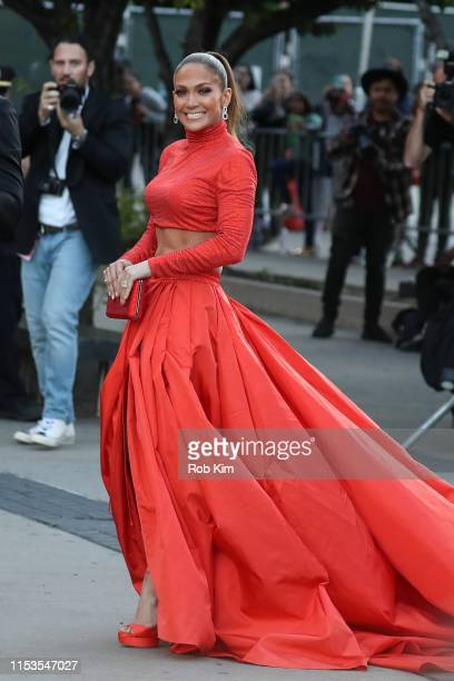 Jennifer Lopez arrives for 2019 CFDA Fashion Awards at Brooklyn Museum on June 03, 2019 in New York City.