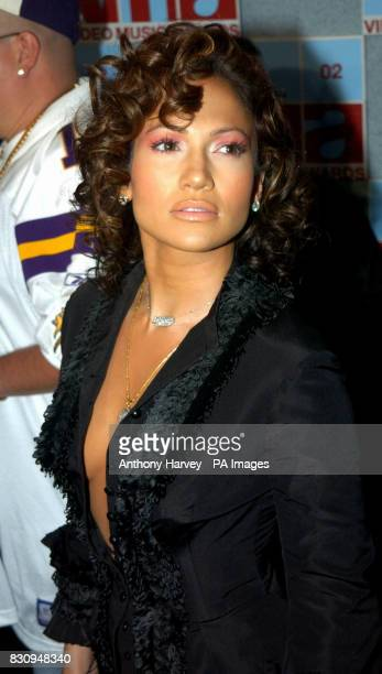 Jennifer Lopez arriving at the MTV Video Music Awards Radio City Music Hall New York USA * 8/9/02 Jennifer Lopez who has revealed her desire to...