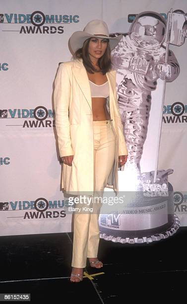 Jennifer Lopez at the MTV Video Awards at the Universal Amphitheater in Universal City on September 10 1998