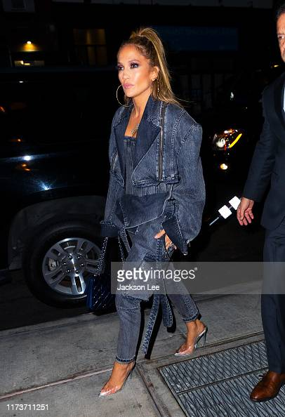 624 Jennifer Lopez Jeans Photos And Premium High Res Pictures Getty Images