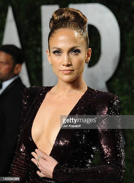 Jennifer Lopez attends the 2012 Vanity Fair Oscar Party at Sunset Tower on February 26 2012 in West Hollywood California