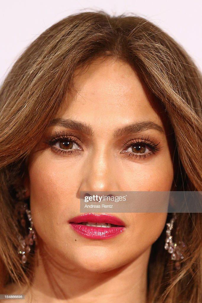 Jennifer Lopez attends the 21st UNESCO Charity Gala 2012 on October 27, 2012 in Dusseldorf, Germany.