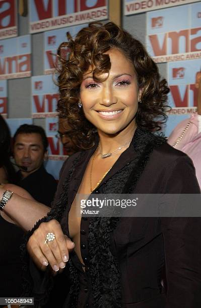 Jennifer Lopez during 2002 MTV Video Music Awards - Arrivals at Radio City Music Hall in New York City, New York, United States.