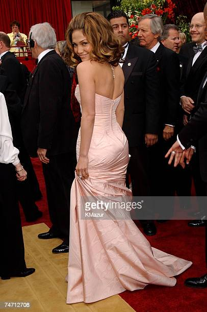 Jennifer Lopez during The 74th Annual Academy Awards Arrivals at the Kodak Theater in Hollywood California