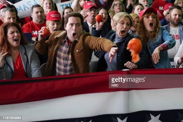 LIVE Jennifer Lopez Episode 1775 Pictured Beck Bennett Heidi Gardner and Chloe Fineman during the Them Trumps Rally sketch on Saturday December 7 2019