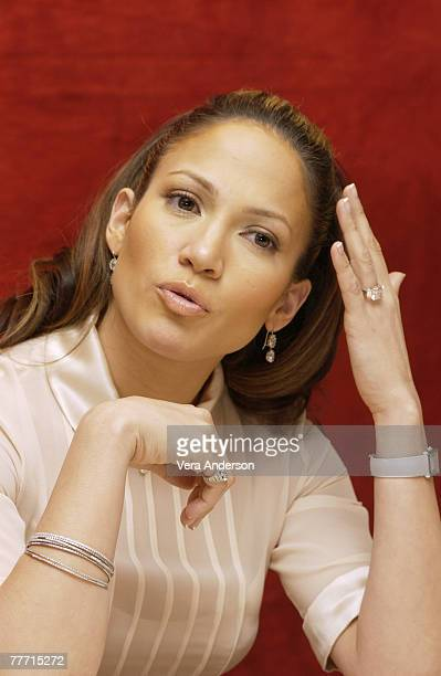 """Jennifer Lopez; Essex House; Press Conference for """"Maid in Manhattan""""; New York; New York."""