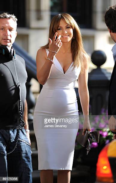 Jennifer Lopez on location for 'The BackUp Plan' on the streets of Manhattan on July 20 2009 in New York City