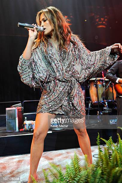 Jennifer Lopez performs at Samsung's 9th Annual Four Seasons of Hope Gala at Cipriani Wall Street on June 15, 2010 in New York City.