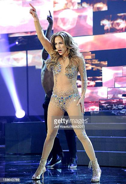 Jennifer Lopez performs onstage at the Nokia Theatre L.A. LIVE on November 20, 2011 in Los Angeles, California.