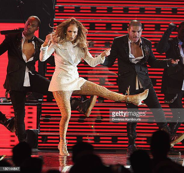 Jennifer Lopez performs onstage during a Special Concert at Mohegan Sun's 15th Anniversary Celebration at Mohegan Sun on October 22 2011 in...