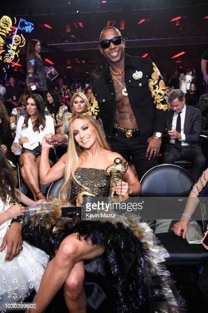 Jennifer Lopez with her MTV Michael Jackson Video Vanguard Award and Ja Rule at the 2018 MTV Video Music Awards at Radio City Music Hall on August 20...