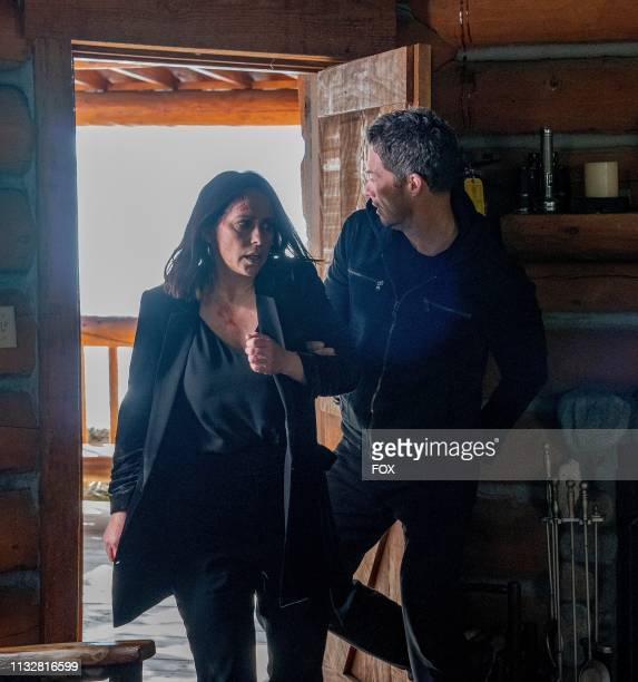Jennifer Love Hewitt and guest star Brian Hallisay in the all-new Fight or Flight episode of 9-1-1 airing Tuesday, April 2 on FOX.