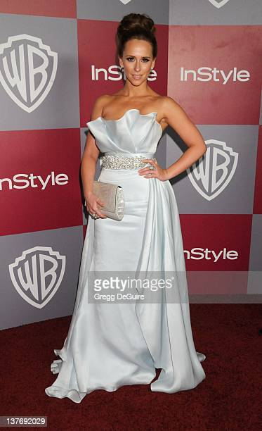 Jennifer Love Hewitt arrives at the 12th Annual Warner Bros and Instyle PostGolden Globe Party at the Beverly Hilton Hotel on January 16 2011 in...