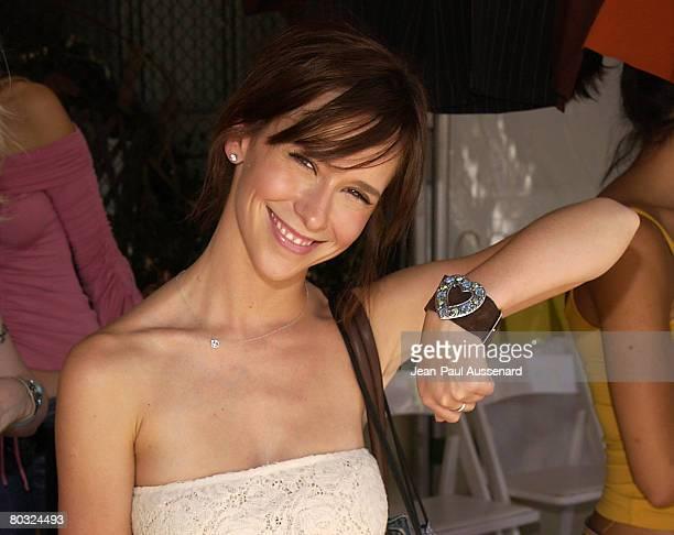 Jennifer Love Hewitt at Toe Bright Originals Photo by JeanPaul Aussenard/WireImage for Silver Spoon