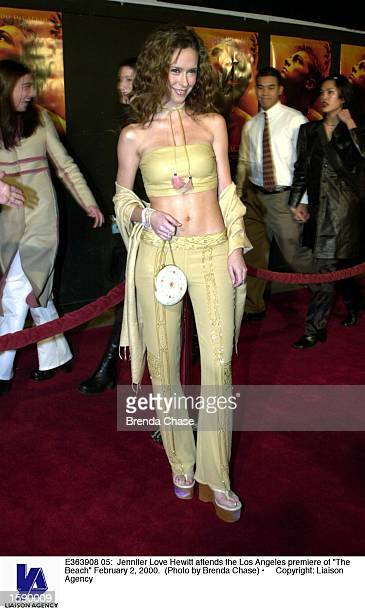 Jennifer Love Hewitt attends the Los Angeles premiere of The Beach February 2 2000