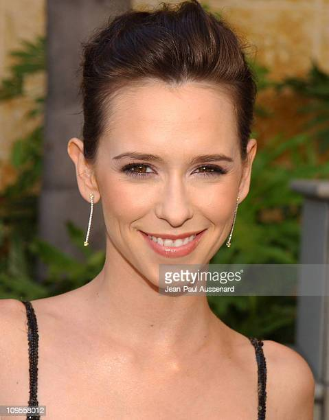 "Jennifer Love Hewitt during ""American Idol"" Season 3 Finale - Arrivals at Kodak Theatre in Hollywood, California, United States."