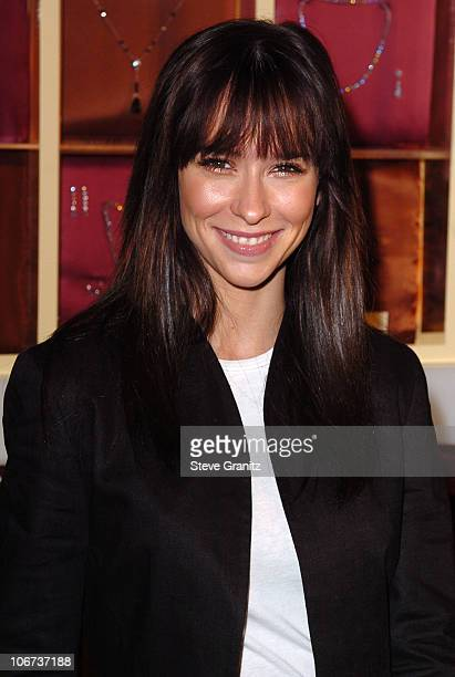 """Jennifer Love Hewitt during InStyle & """"A Diamond is Forever"""" Sneak Peek at Red Carpet Fashion for the 2004 Awards Season - Arrivals at Beverly Hills..."""
