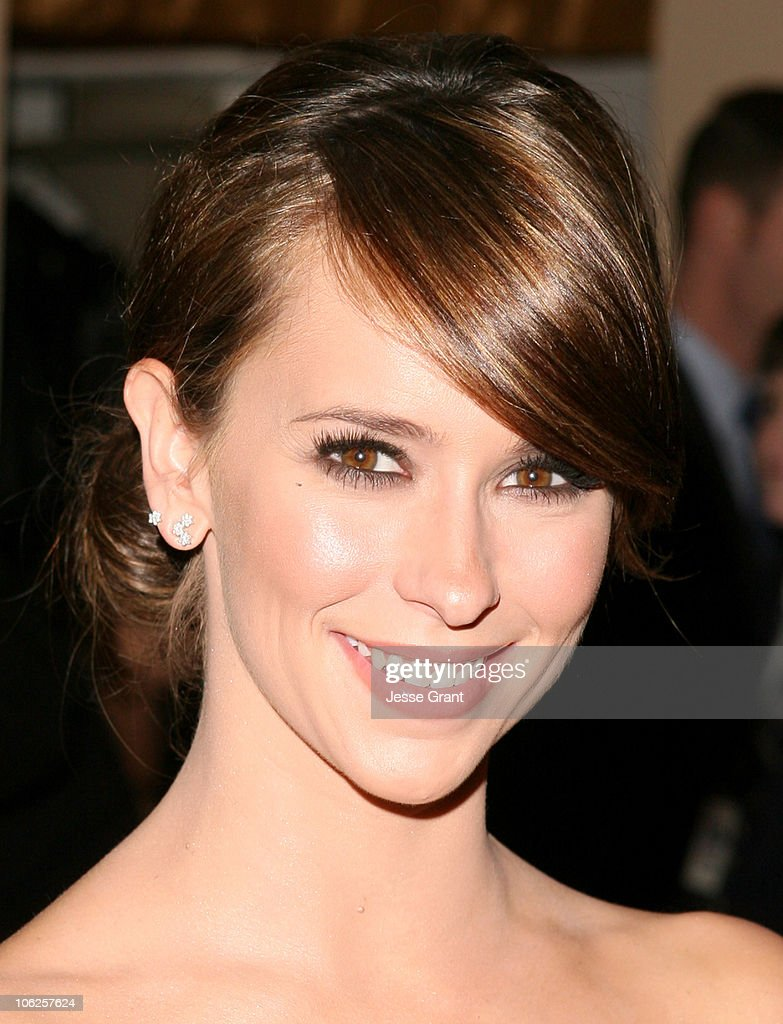 The 8th Annual Family Television Awards - Arrivals