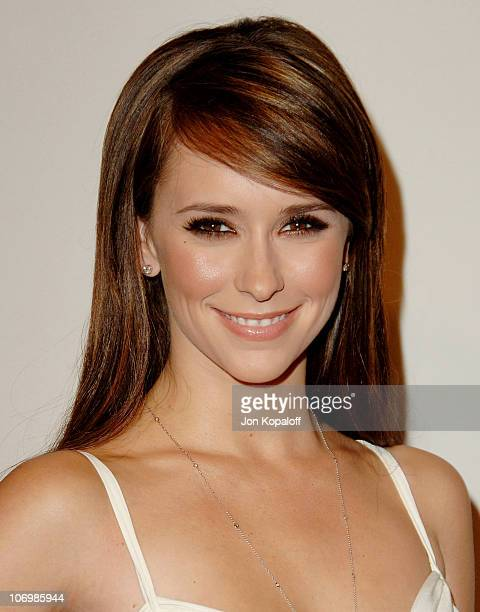 Jennifer Love Hewitt during The Museum of Television & Radio Honors Leslie Moonves and Jerry Bruckheimer - Arrivals at Beverly Wilshire Hotel in...