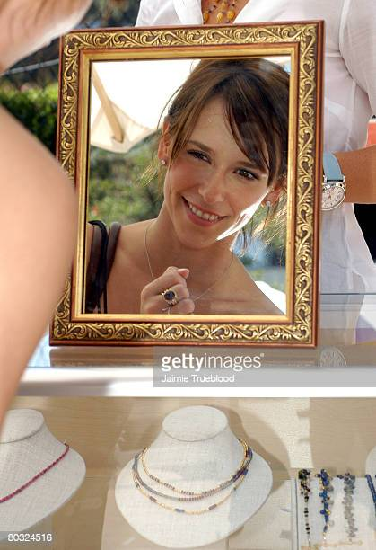 Jennifer Love Hewitt during the Silver Spoon Beauty Buffet Sponsored By Allure Day One Photo by Jaimie Trueblood/WireImage for Silver Spoon