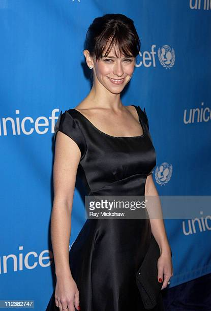 Jennifer Love Hewitt during UNICEF Goodwill Gala Celebrating 50 Years of Celebrity Goodwill Ambassadors Red Carpet at The Beverly Hilton in Beverly...