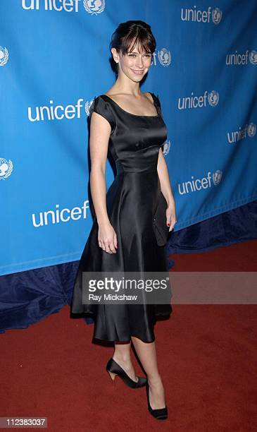 Jennifer Love Hewitt during UNICEF Goodwill Gala Celebrating 50 Years of Celebrity Goodwill Ambassadors - Red Carpet at The Beverly Hilton in Beverly...