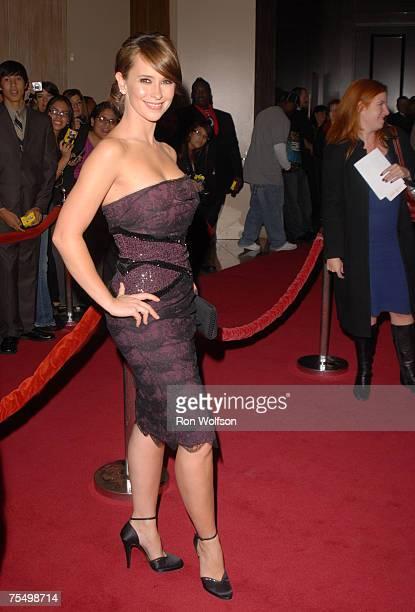 Jennifer Love Hewitt of Ghost Whisperer at the Beverly Hilton in Beverly Hills California