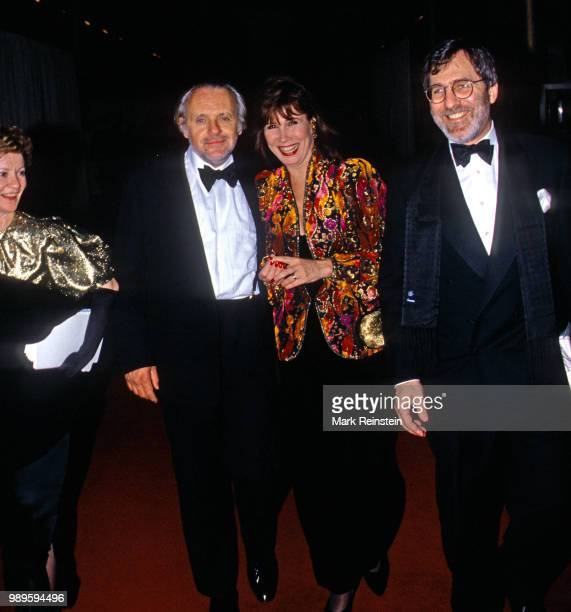 Jennifer Lynton and her husband Anthony Hopkins along with Michelle Lee and her husband Fred Rappoport arrive in the lobby of the Kennedy Center to...