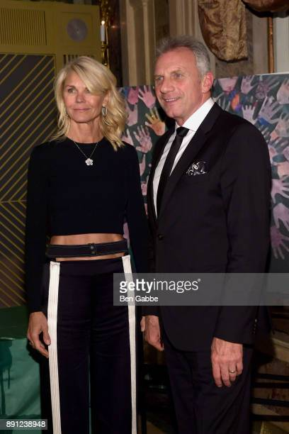 Jennifer Montana and former NFL quarterback Joe Montana attend the Sandy Hook Promise 5 Year Remembrance Benefit at The Plaza Hotel on December 12...