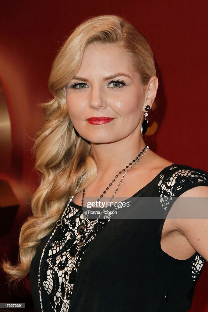 Jennifer Morrison attends the QVC 5th annual red carpet style event at The Four Seasons Hotel on February 28, 2014 in Beverly Hills, California.
