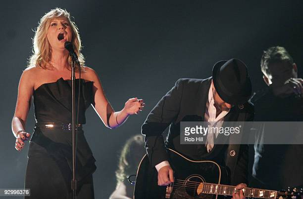 Jennifer Nettles and Kristian Bush of Sugarland performs onstage at the 43rd Annual CMA Awards at the Sommet Center on November 11, 2009 in...