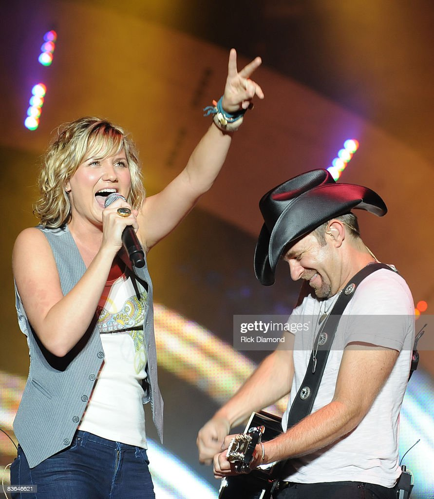 Jennifer Nettles and Kristian Bush of the group Sugarland performs during the 16th annual Country Thunder festival on July 18, 2008 on Shadow Hill Farm in Twin Lakes, Wisconsin.