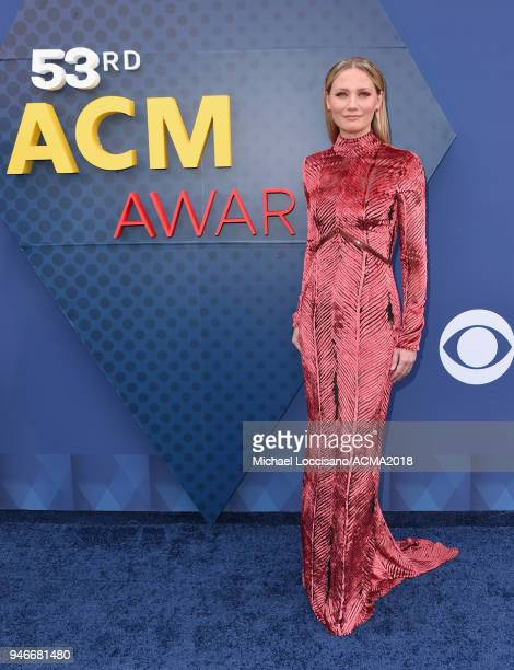Jennifer Nettles attends the 53rd Academy of Country Music Awards at MGM Grand Garden Arena on April 15, 2018 in Las Vegas, Nevada.