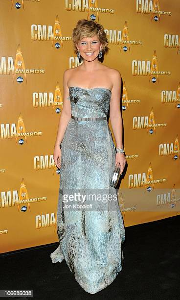 Jennifer Nettles of Sugarland attends the 44th Annual CMA Awards at the Bridgestone Arena on November 10 2010 in Nashville Tennessee