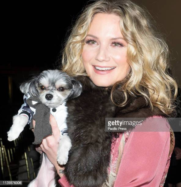 Jennifer Nettles on the front row for Dennis Basso Fall/Winter 2019 Collection during New York Fashion Week at Cipriani 42nd Street Manhattan