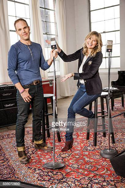 Jennifer Nettles with her guitarist Thad Beaty who recently lost a lot of weight