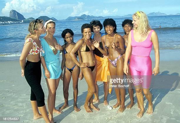 Jennifer Nitsch Alexa Wiegandt Brasilianerinnen Conny Glogger Brasilianerinnen Sabine Kaack neben den Dreharbeiten zur PRO 7Serie 'Glückliche Reise'...