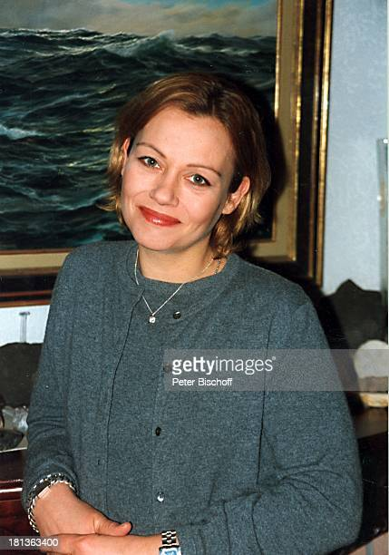Jennifer Nitsch Stock Photos and Pictures | Getty Images  Jennifer Nitsch...